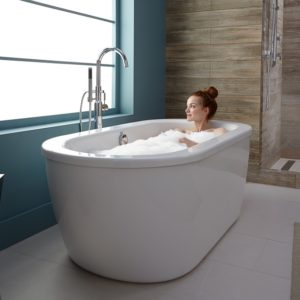 freestanding tub 300x300 - Sell Homes Faster: The Five Most In-Demand Interior Design Trends Homebuyers are Looking for !